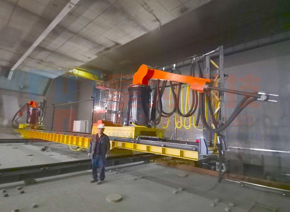 大型非标组合型喷砂机器人